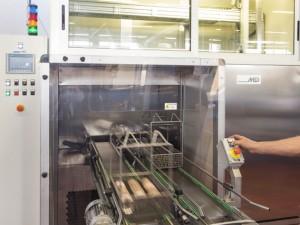 Un nuovo impianto di lavaggio ultrasuoni automatizzato per componenti a prova di qualsiasi applicazione